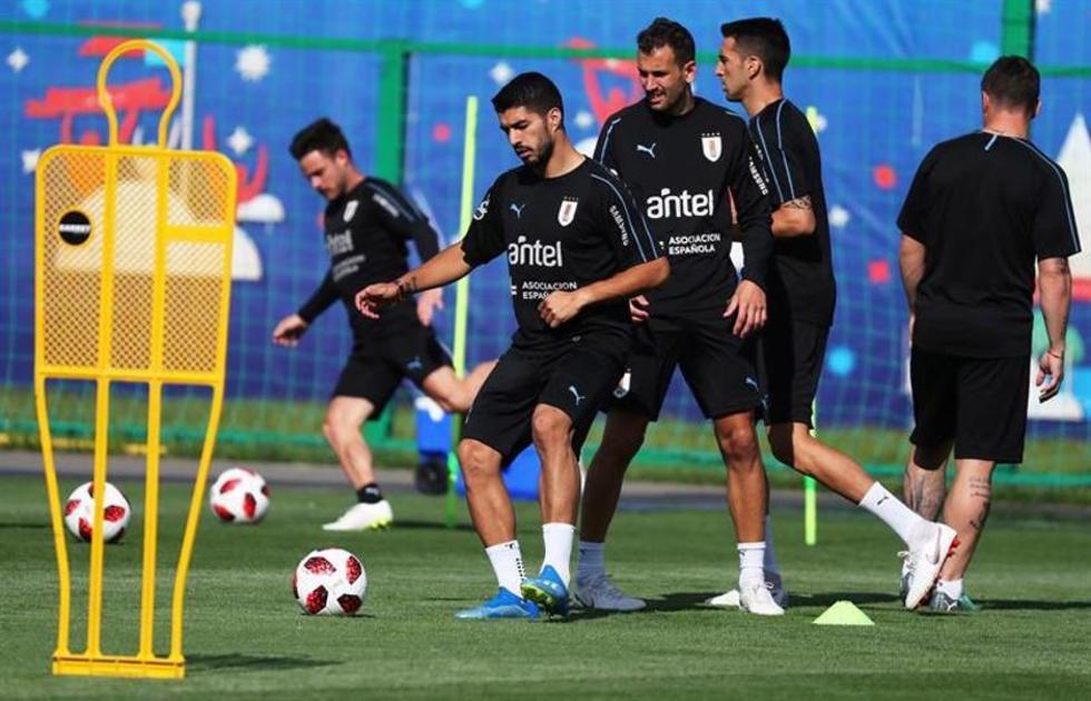 Los jugadores charrúas durante su entrenamiento.