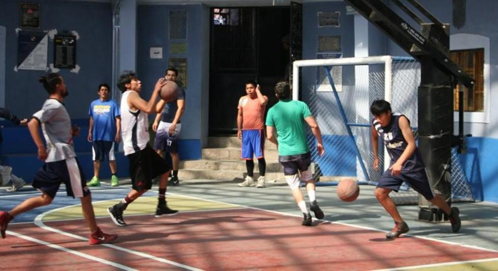 El equipo azul y blanco en el cierre de sus prácticas.