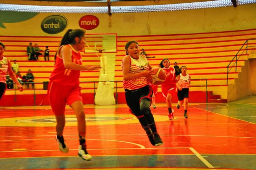 Potosí pelea por el título de la Liga del Sur de Básquet Femenino