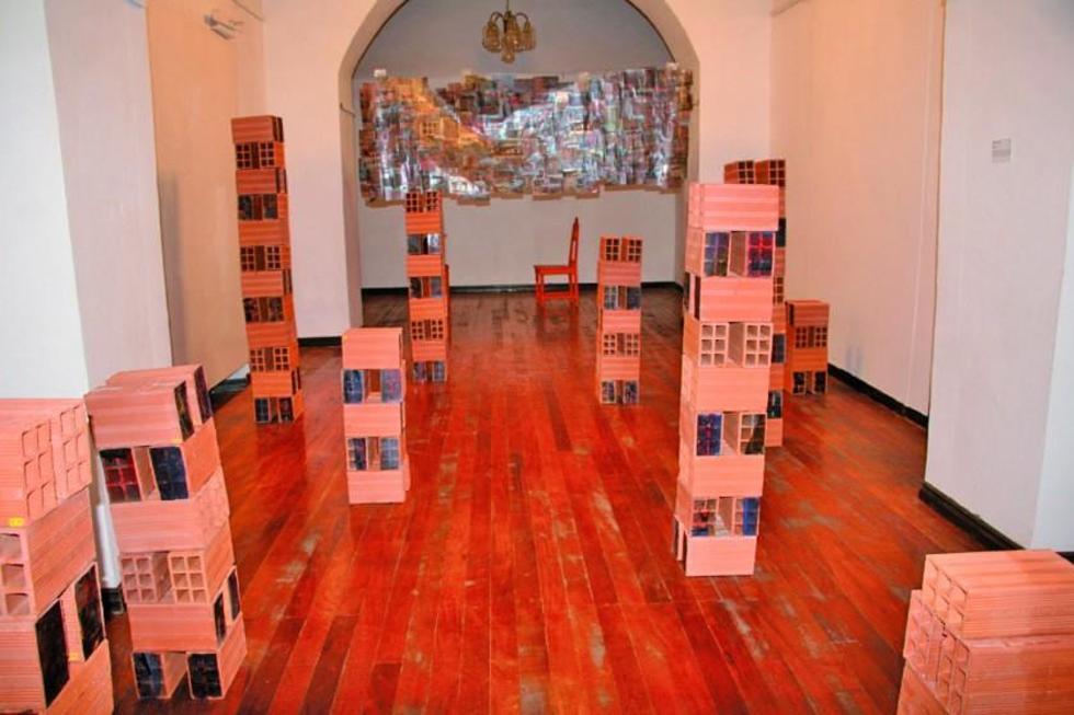 Uno de los espacios con la propuesta de los artistas.