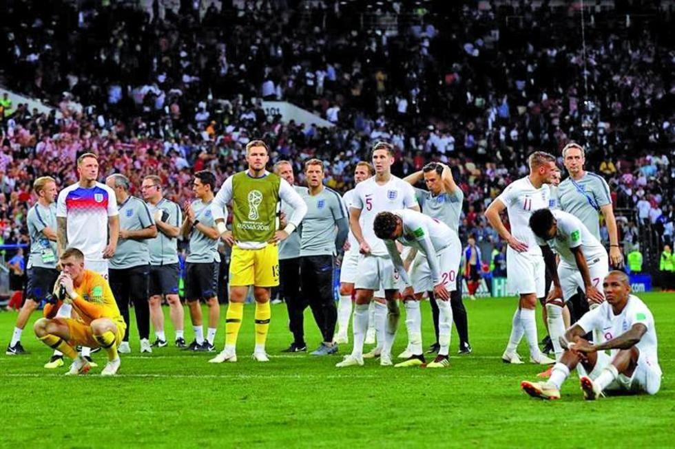 Los ingleses se lamentan tras quedarse fuera de la final.