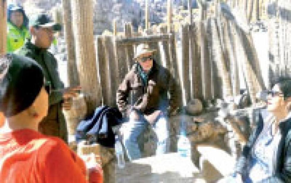 Rescataron a dos grupos de turistas en el Salar de Uyuni
