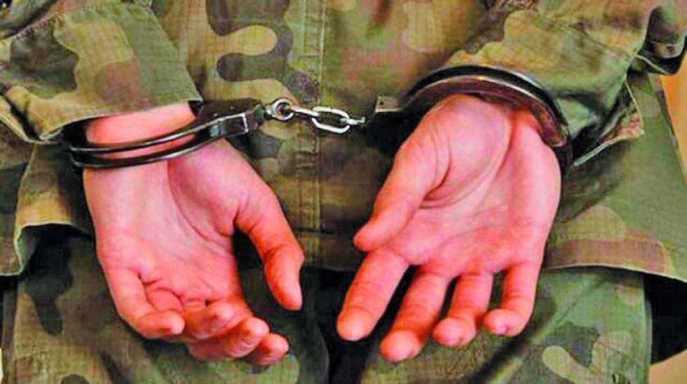 Los tres instructores habrían incurrido en abusos excesivos contra el denunciante en el cuartel Ingavi.