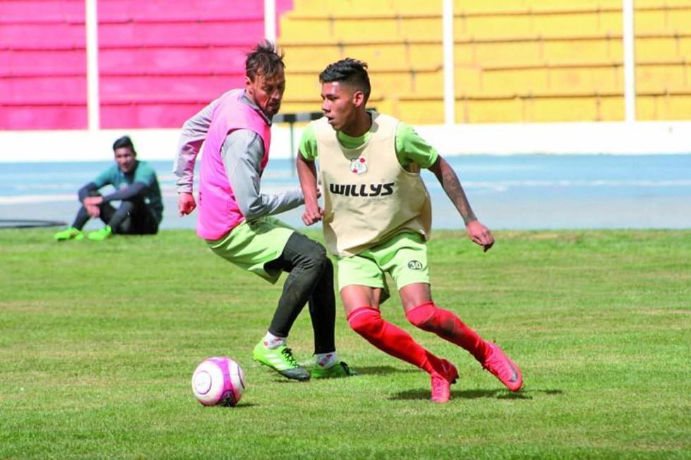 Nacional Potosí busca  frenar a Royal Pari en el estadio de Santa Cruz