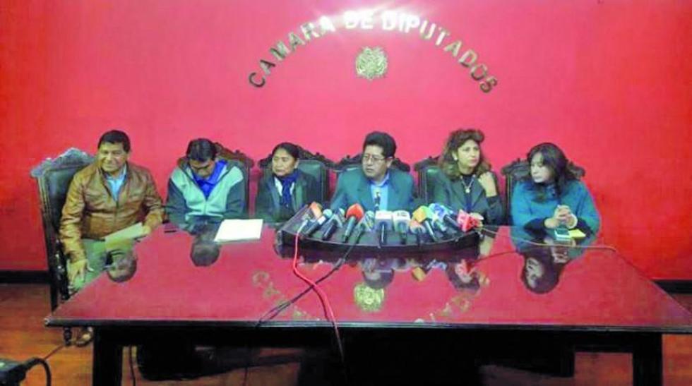 La bancada del Movimiento Al Socialismo de la Cámara de Diputados, en conferencia de prensa.