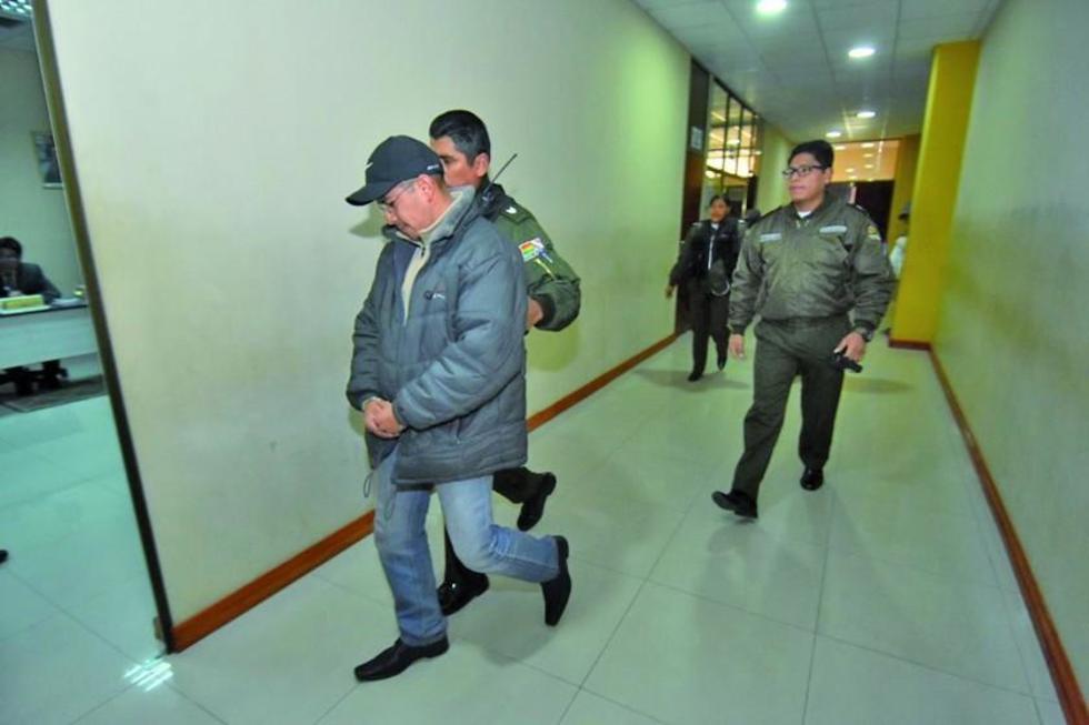 El teniente que perdió medalla presidencial va a la cárcel pública
