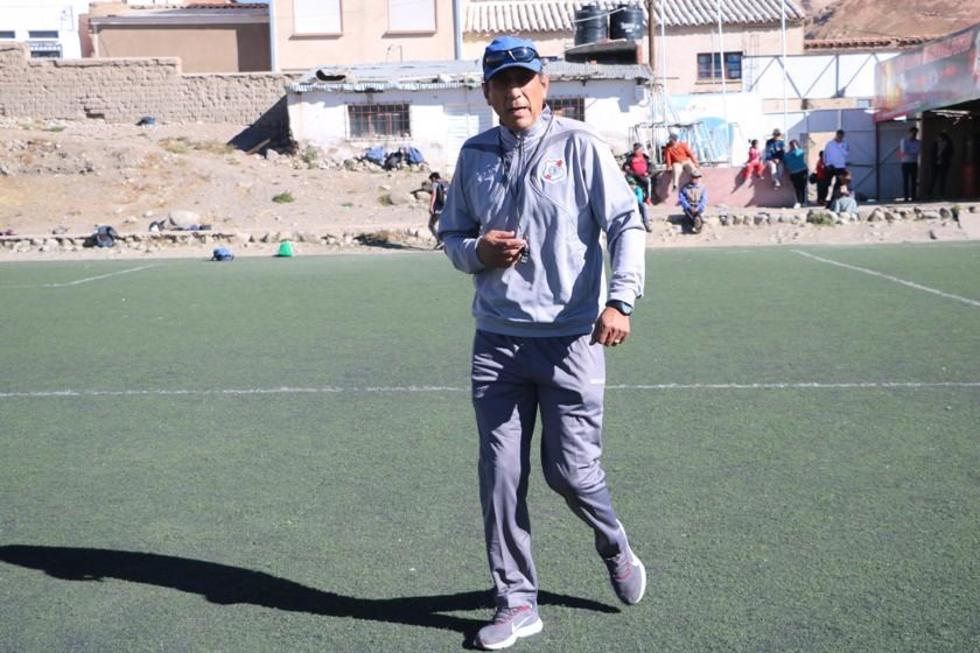 Illanes quiere clasificar a Nacional a un torneo internacional