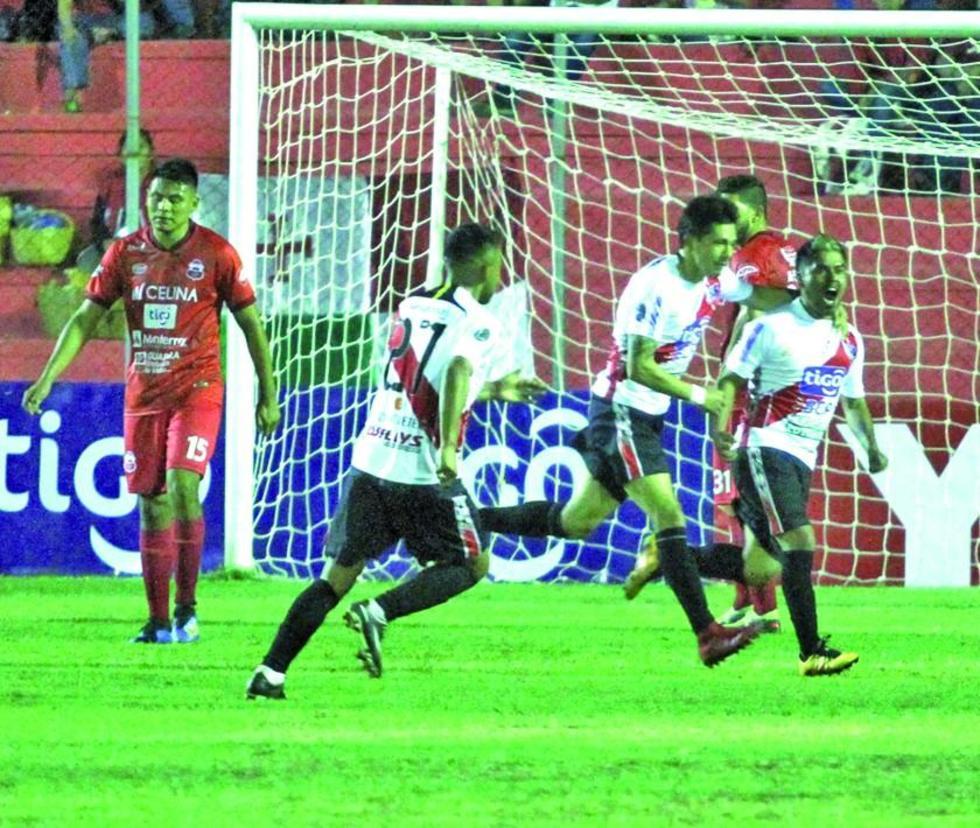 Nacional Potosí busca rescatar los puntos ante Universitario