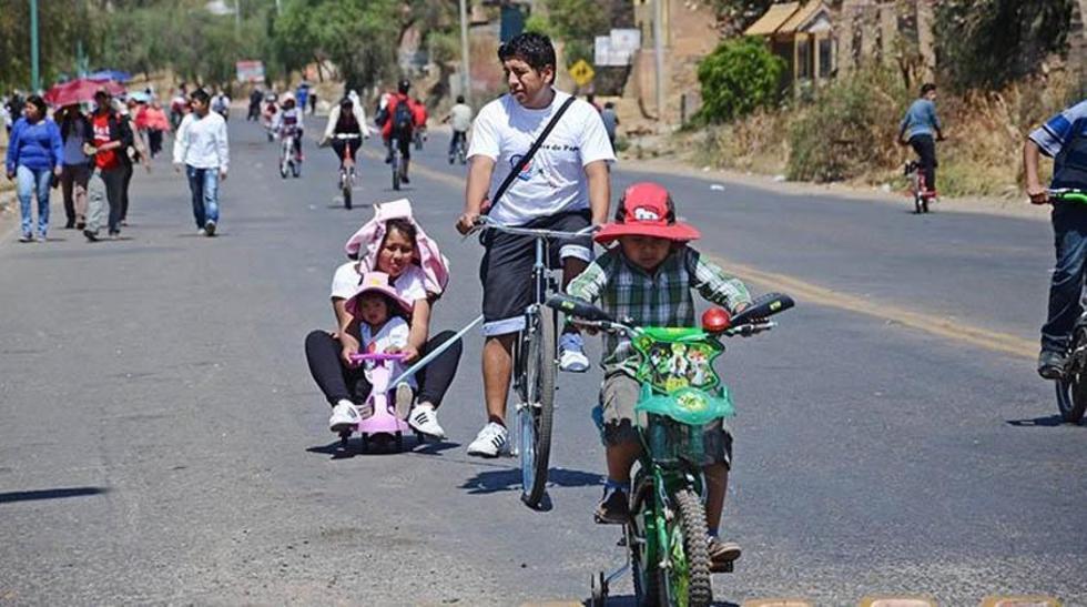 La población puede usar las calles para recreación o deporte.