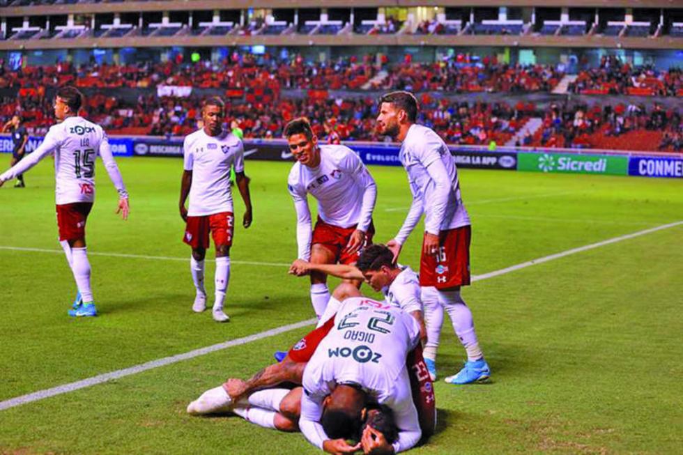 Fluminense gana a Deportivo Cuenca en la ida de los octavos