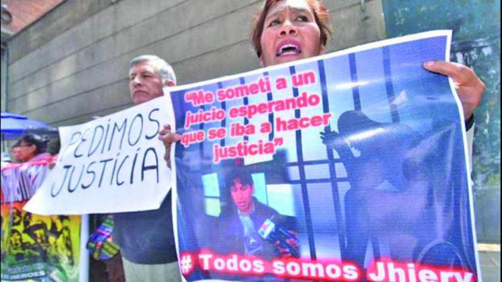 Las protestas siguen contra los operadores y administradores de  justicia.