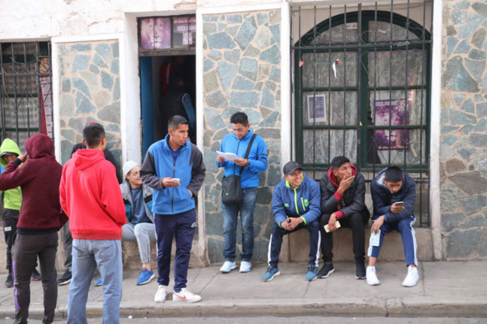 Jugadores de Real Potosí ya cumplen tres días de paro
