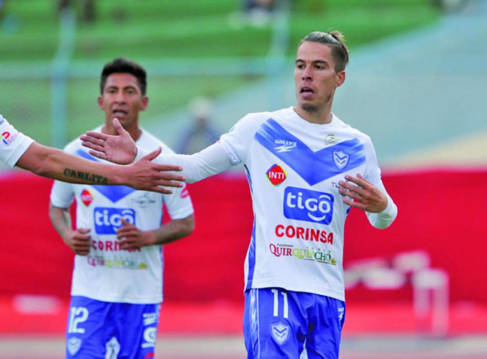 Javier Sanguinetti festeja uno de sus goles.