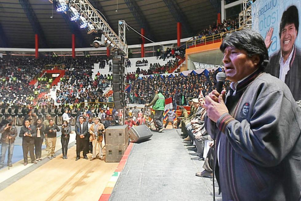 Evo Morales en la clausura de las Olimpiadas Científicas Estudiantiles.