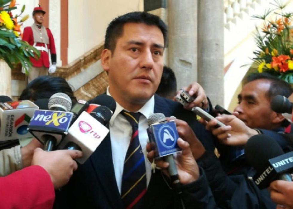 El ministro de Defensa, Javier Zabaleta, dijo que se decidido instalar puestos militares provistos de tecnología.