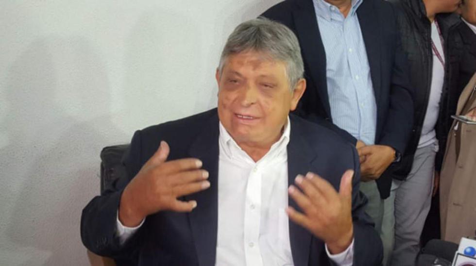 Jaime Paz anuncia su candidatura y alza la bandera federalista