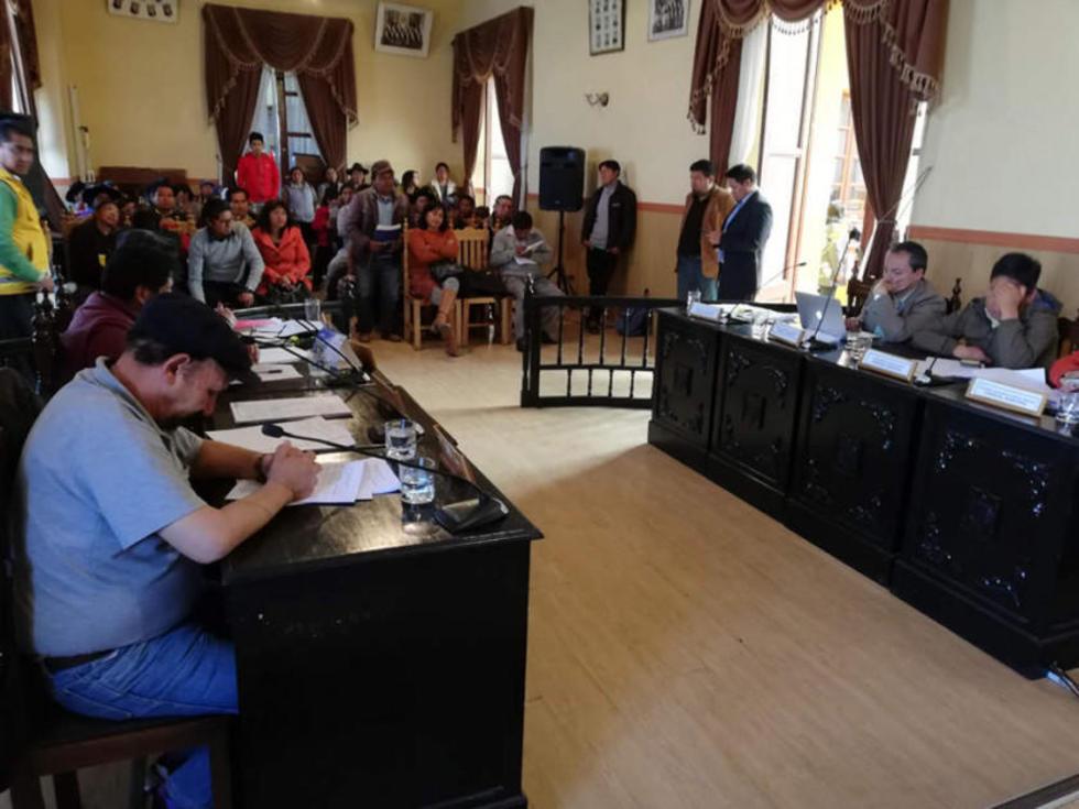 Los comerciantes hicieron conocer sus iniciativas a los miembros del Concejo Municipal.