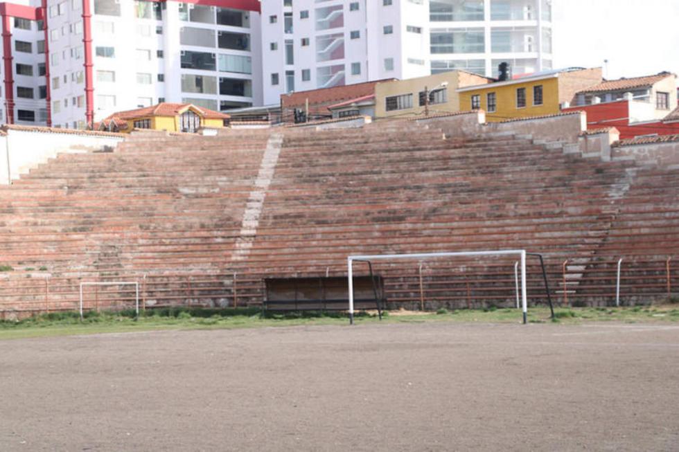 El estadio Potosí tendrá césped sintético dentro de 120 días