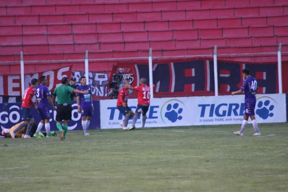 Real Potosí    cae y entra en zona del descenso de la Liga