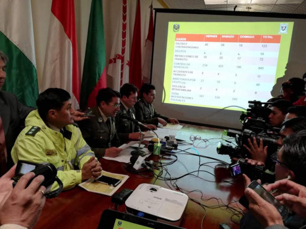 El comandante de la Policía ayer en la conferencia de prensa.