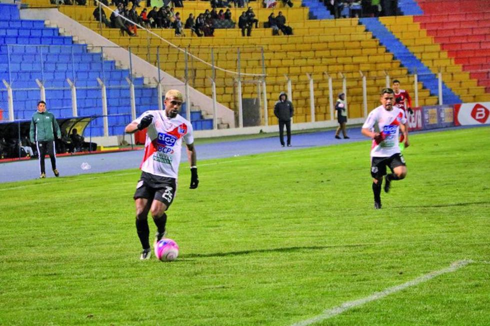 Nacional Potosí va a Sucre en busca de puntos en torneo liguero