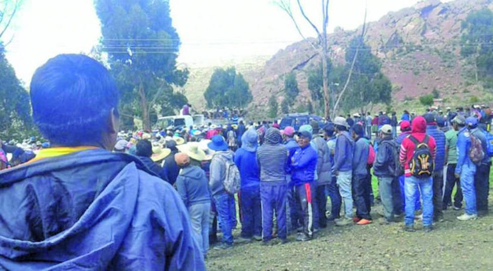 El miércoles 21, una turba de comunarios de Uncía capturó a dos jóvenes, acusándolos de robar un vehículo.