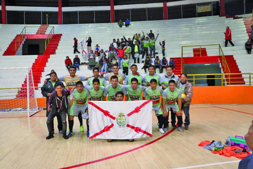El equipo de Las Casas Constructoras, de Chuquisaca.