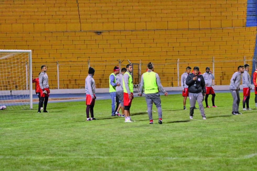 El equipo en el cierre de sus prácticas.