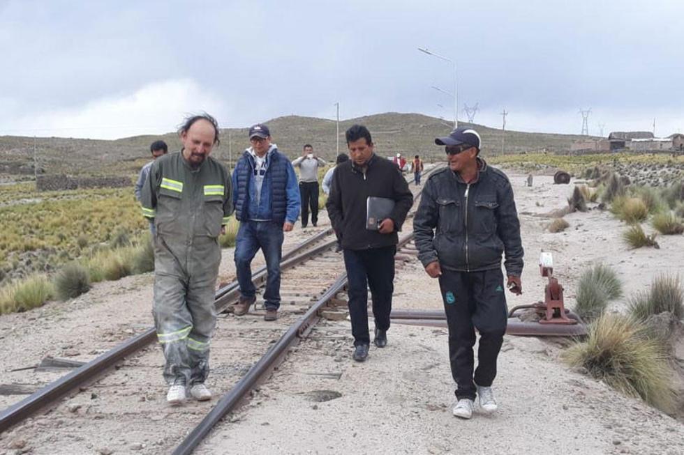 La inspección a la zona de Cebadillas donde existe una estación de trenes.