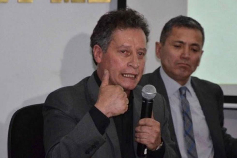 El titular del Ministerio de Minería y Metalurgía, César Navarro.