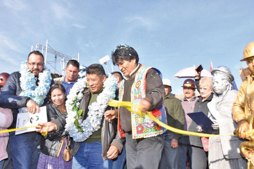 El Gobierno entrega la ruta Diagonal Jaime Mendoza