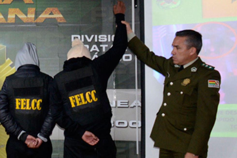 Detienen a menor de 16 años acusado de matar a transexual en El Alto