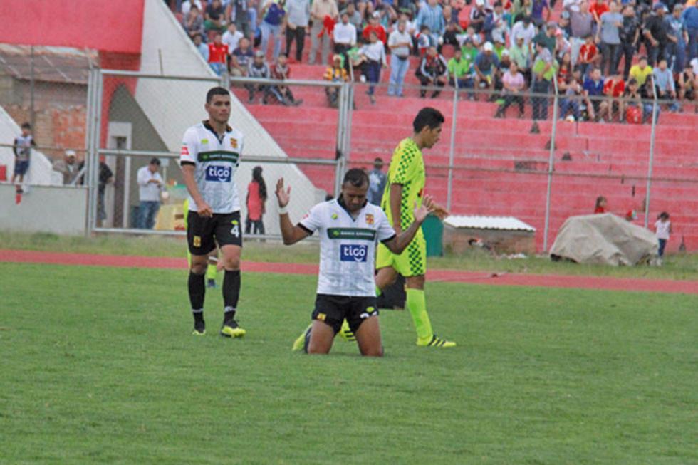 Destroyers quiere ganarle a Avilés y seguir en el fútbol profesional
