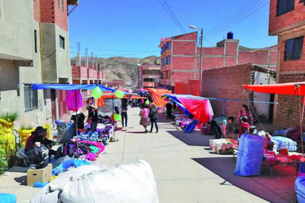 Los vecinos piden crear ferias y los comerciantes lo cuestionan