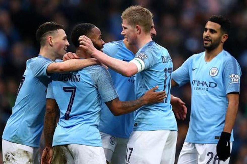 Los jugadores del City celebran el triunfo.