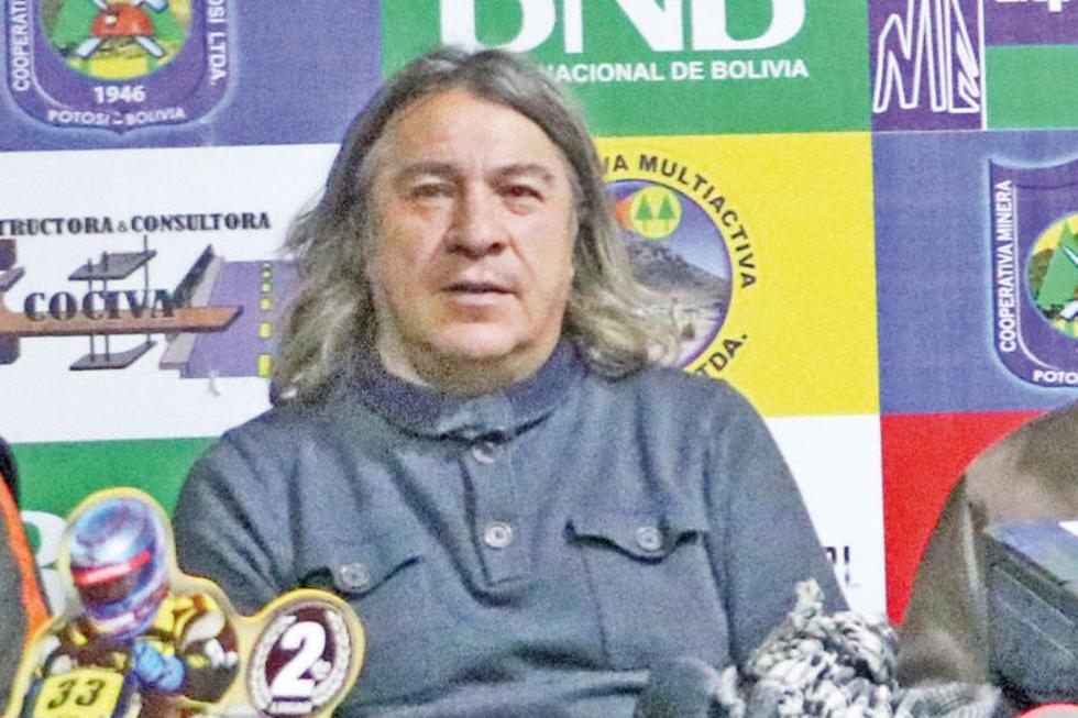 Orlando Careaga en una conferencia de prensa.