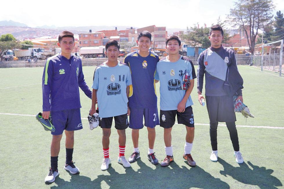 El equipo lila da cabida a nuevos valores dentro del fútbol boliviano