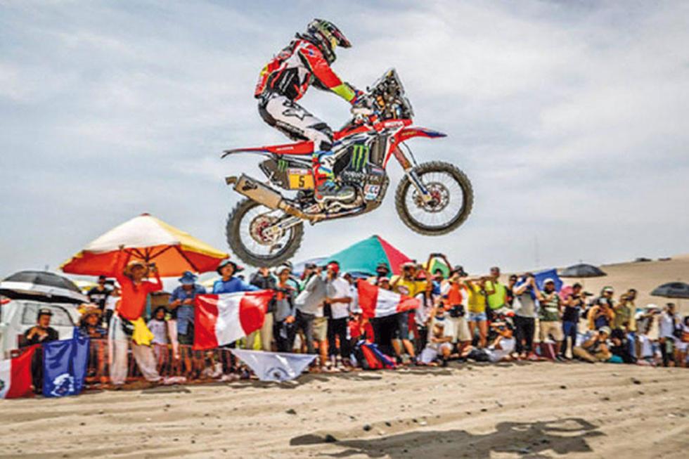 Daniel Nosiglia y Leonardo Martínez avanzan en el Dakar