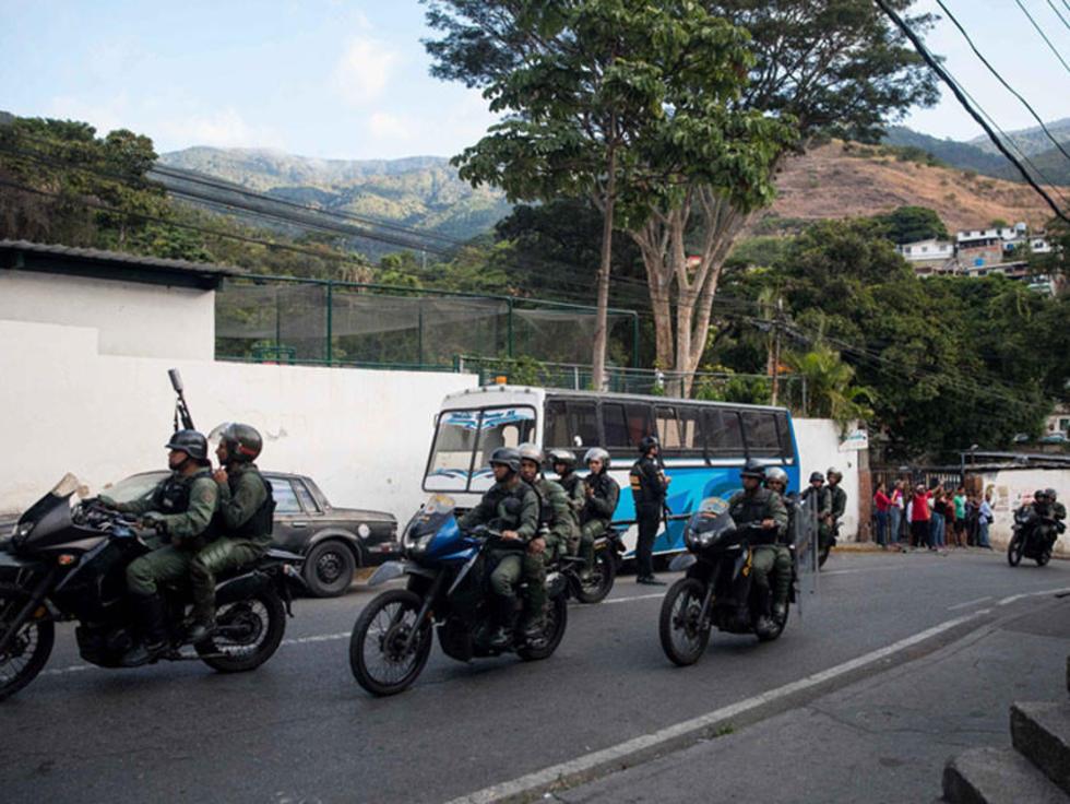 Nicolás Maduro conjura una rebelión de militares