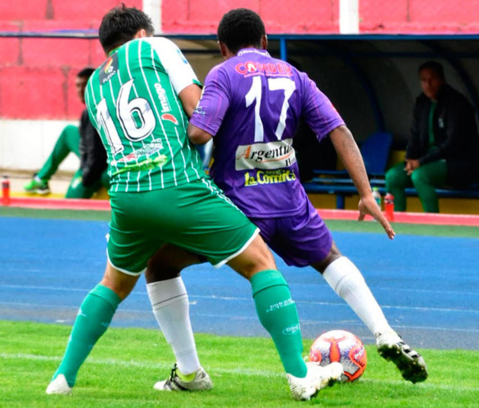 Ronald Raldes ejerce presión en contra de Gustavo Pinedo..