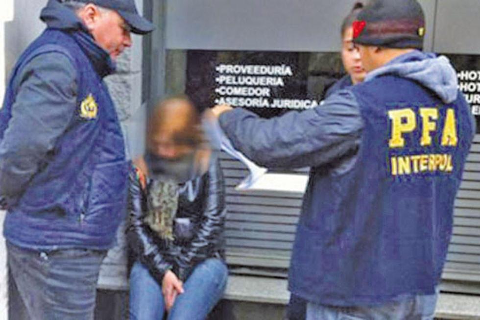 La División Investigación Federal de Fugitivos y Extradiciones de la Policía Federal Argentina dio con la mujer.