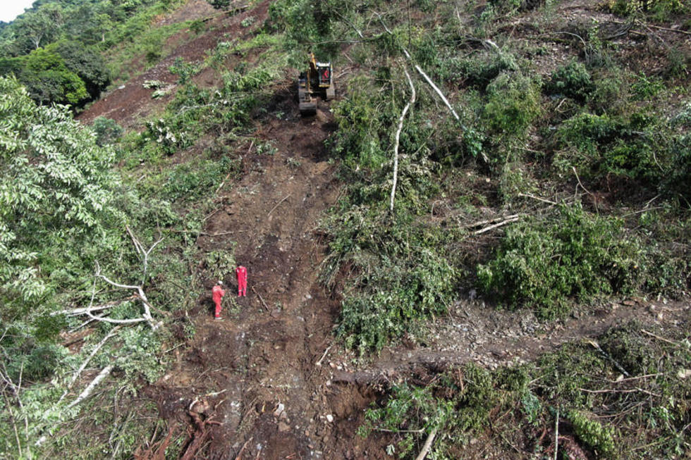 Sube número de muertos por el derrumbe  en Caranavi