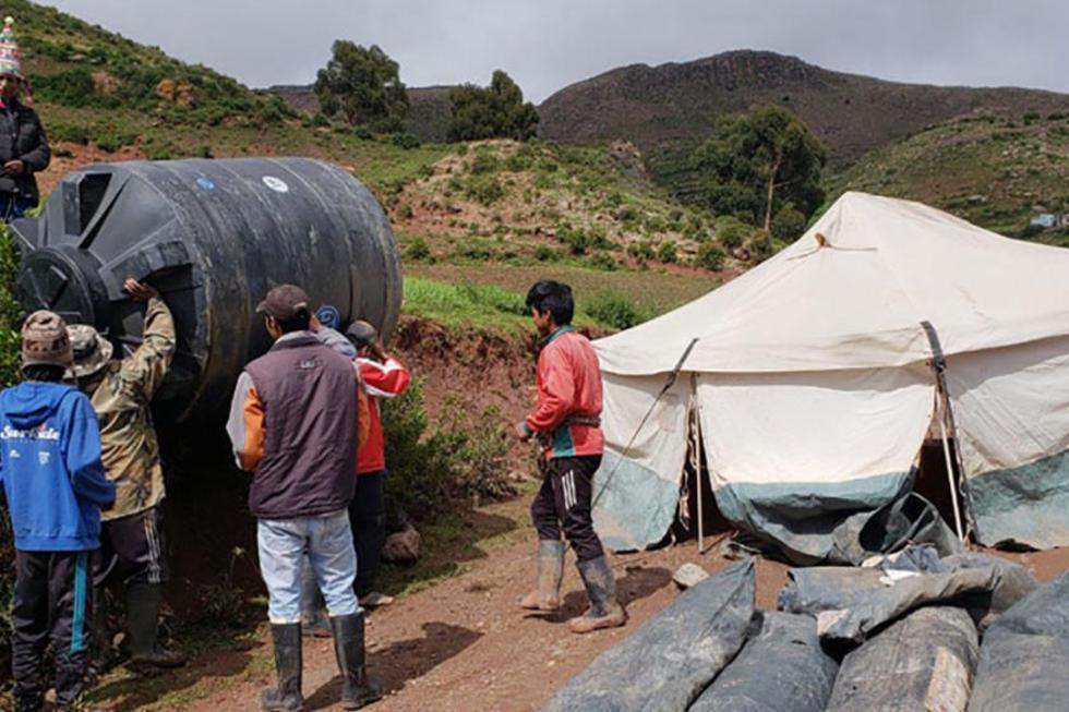 Los afectados por destrucción de viviendas recibieron carpas.