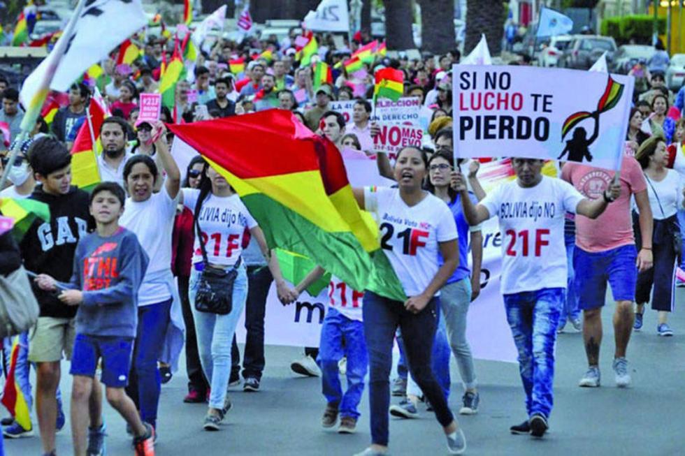 Plataformas, cívicos y políticos de oposición, mañana, recordarán con movilizaciones los tres años del 21F.