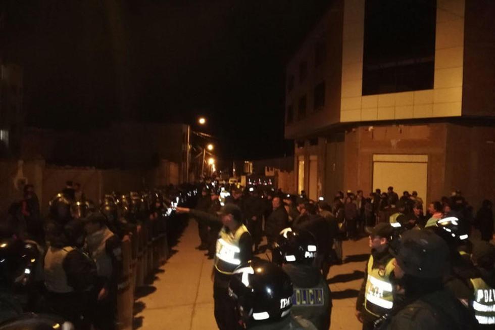 La Policía evitó el enfrentamiento entre los dos grupos el pasado viernes 22 del presente.