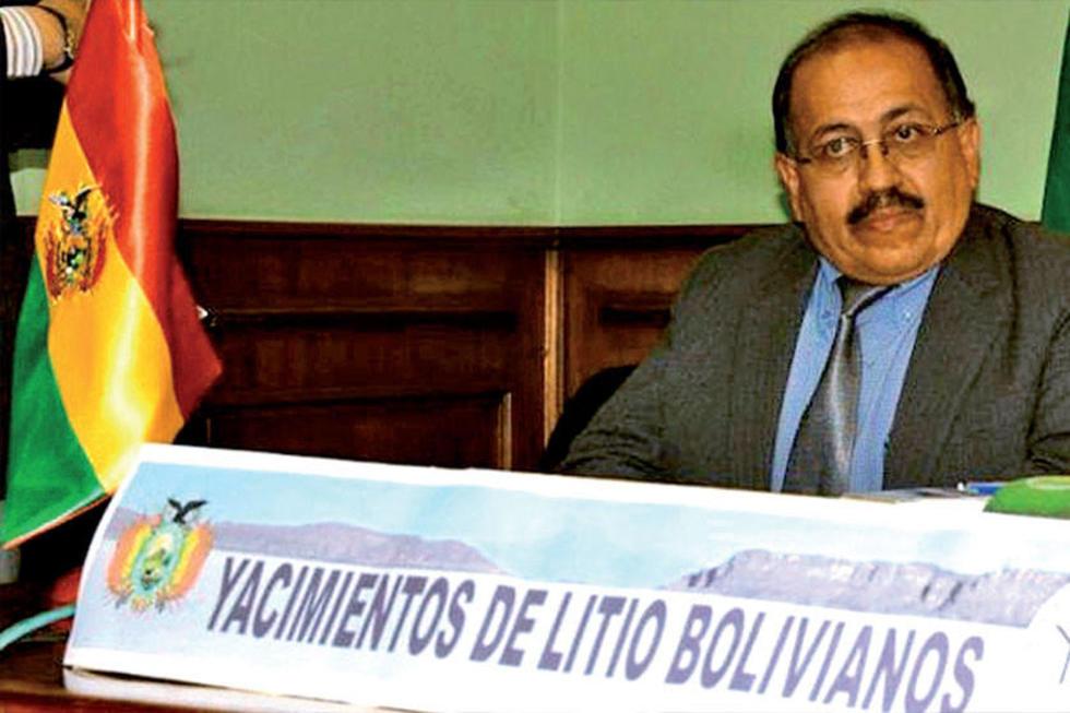 El gerente de Yacimientos del Litio Boliviano (YLB), Juan Carlos Montenegro.