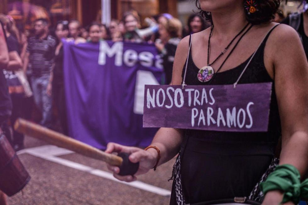 Mujeres paran en demanda de frenar violencia en el planeta