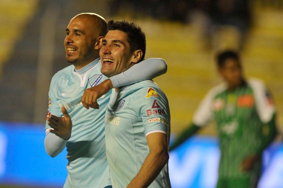 Marcos Riquelme y Jorge Pereyra en pleno festejo.