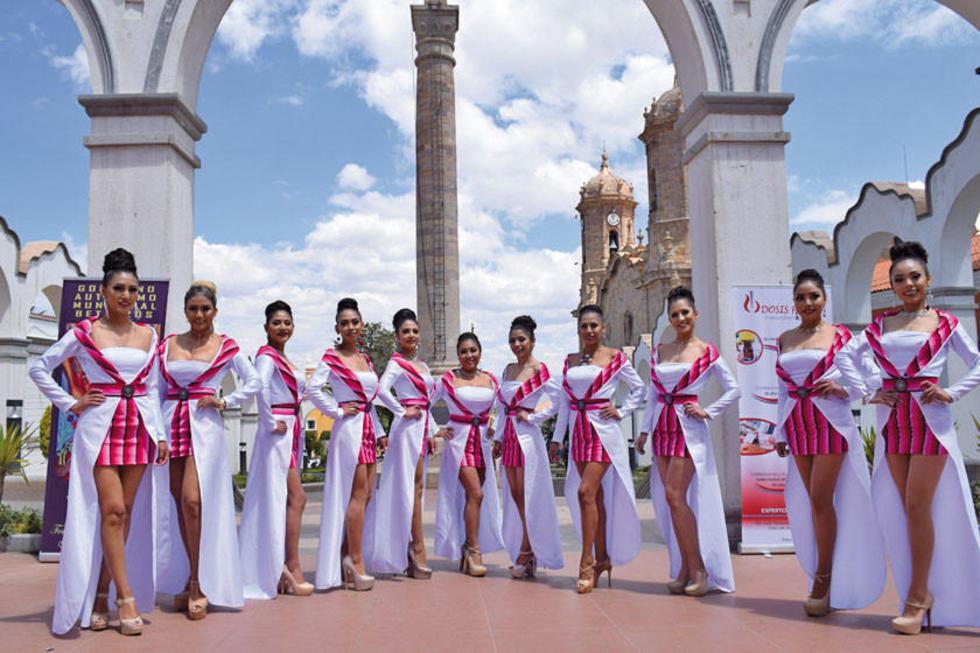 Las candidatas estuvieron en varias sesiones fotográficas en los atractivos turísticos de la ciudad.