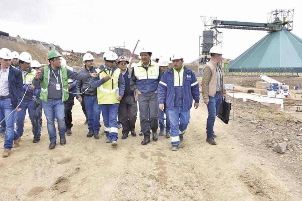 Los técnicos mostraron las unidades de la fábrica de cemento de Potosí.
